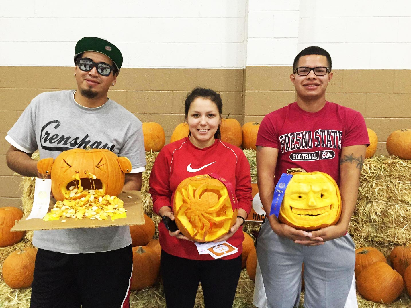 YOuth pumpkin carving competition